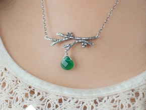 Single Twig Necklace With Gem